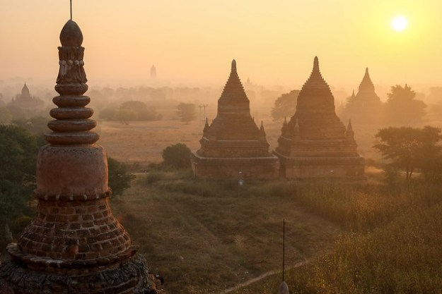Sunrise from Buledi. Bagan