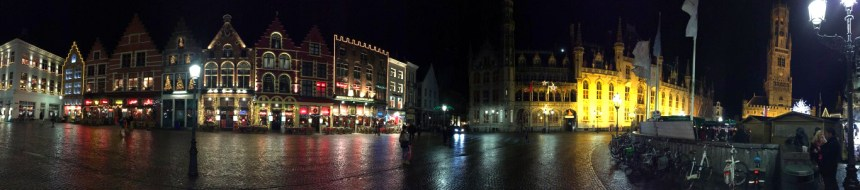 Plaza del mercado en Brujas
