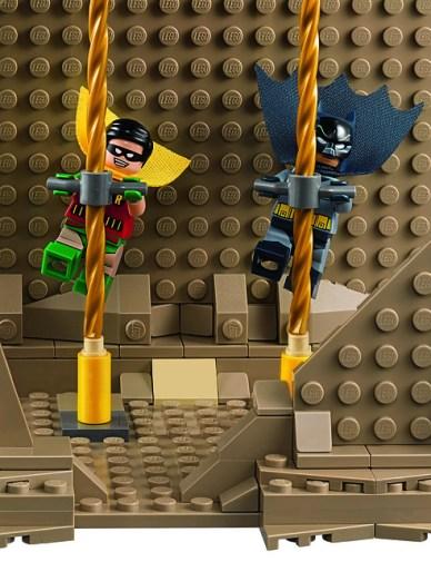 76052 Batman Classic TV Series – Batcave