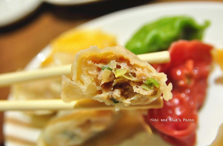 公益路麵店豪煮藝水餃牛肉麵16