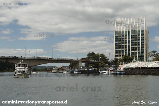 Puente Pedro de Valdivia & Hotel Dreams - Valdivia