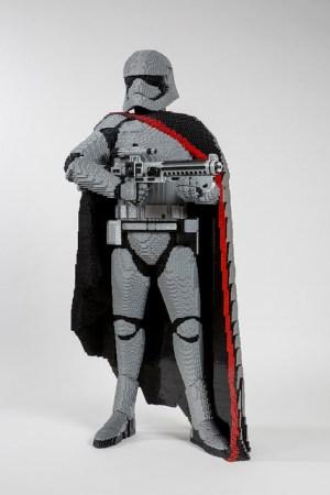 LEGO Star Wars Life Size Sculpture Finn Captain Phasma