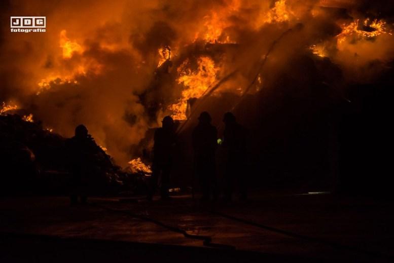 38292753_1624869537635027_3781216287443648512_o Touwslagersstraat brand 1