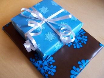 Free Download & Print Gift Wrap