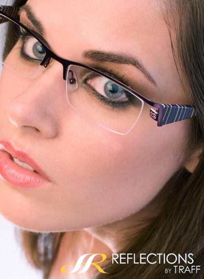 Lisa Bettany specs modeling-1