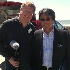 Big thrill for me. Met chief engineer of Toyota Prius, Hiroshi Kayukawa. More news on new Prius on Monday.