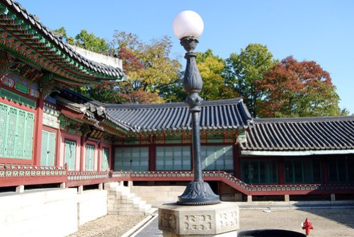 Lampost, Daejojeon Hall, Changdeokgung Palace