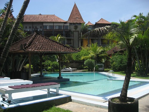 Bungalow pool