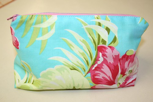triangle zipper pouch, front