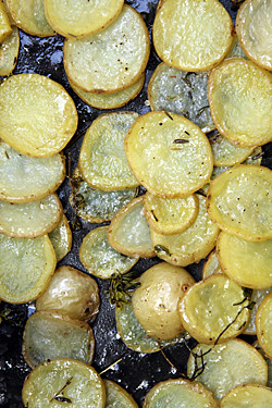 roast potato slices