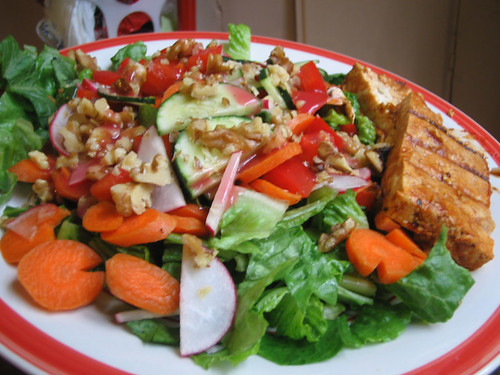 salad with marinated tofu
