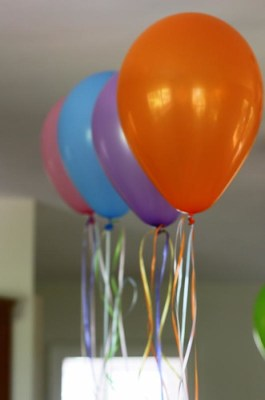 DC party balloons