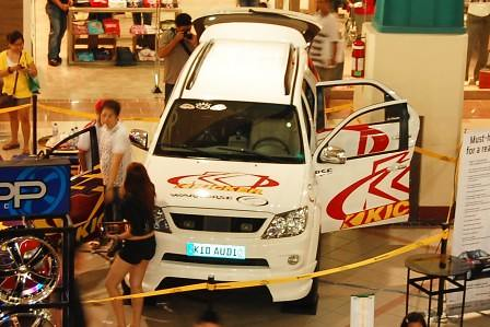 Toyota Fortuner customized by Kid Audio