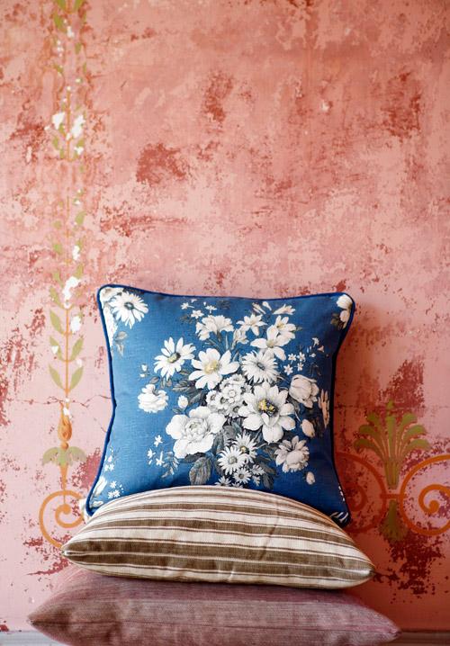 Christina Lundsteen: Pillow Heaven