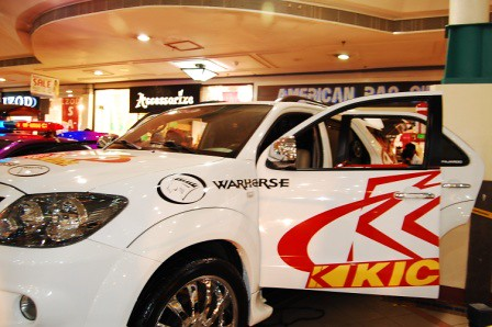 Toyota Fortuner by Kid Audio Side
