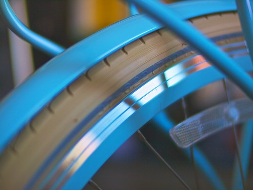 Reflective tires