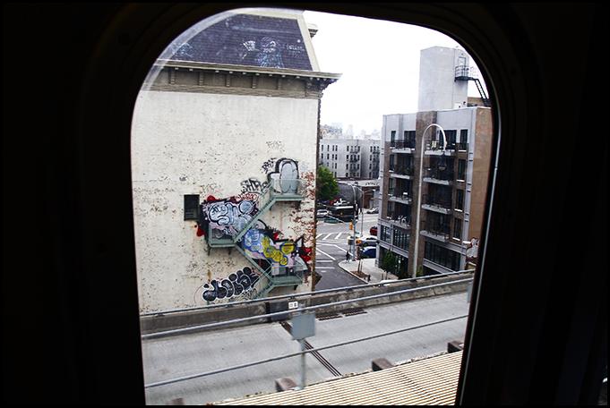 Williamsburg, Brooklyn, New York - M Train Graffiti - Tuukka13