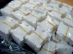 1,000 pcs of floss bobbins