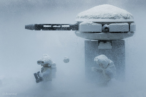 LEGO Star Wars rebel troopers on Hoth