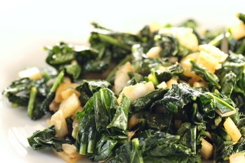 simple sauteed kale