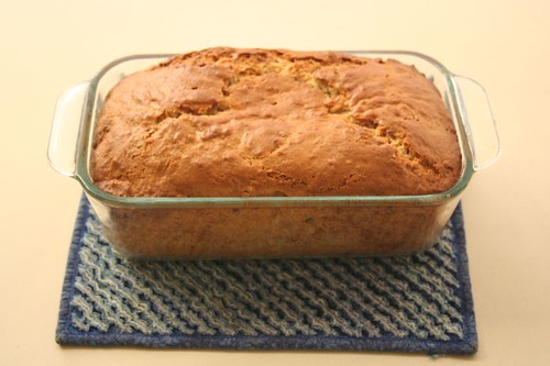 maple pecan banana bread 009