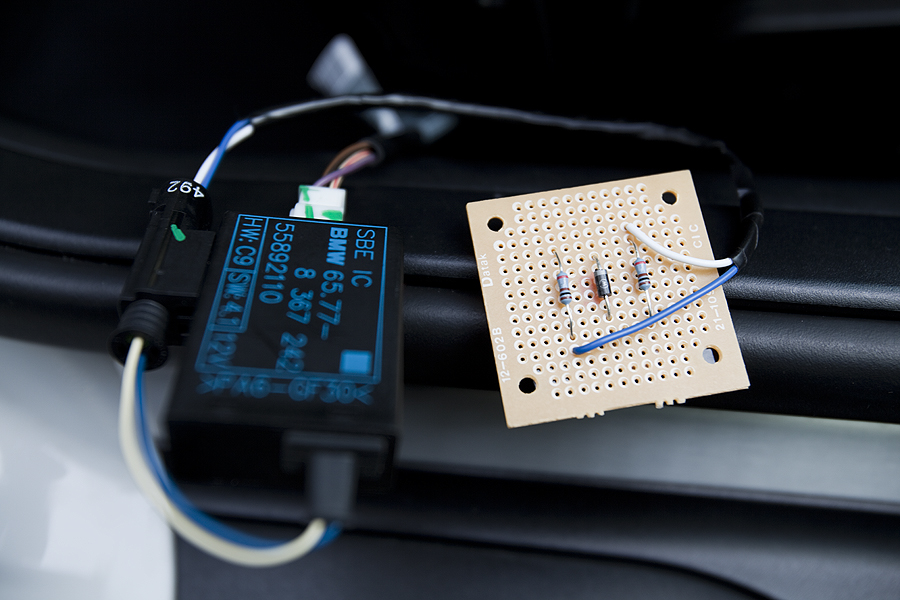 Removing airbag light caused by passenger occupancy sensor - BMW M3