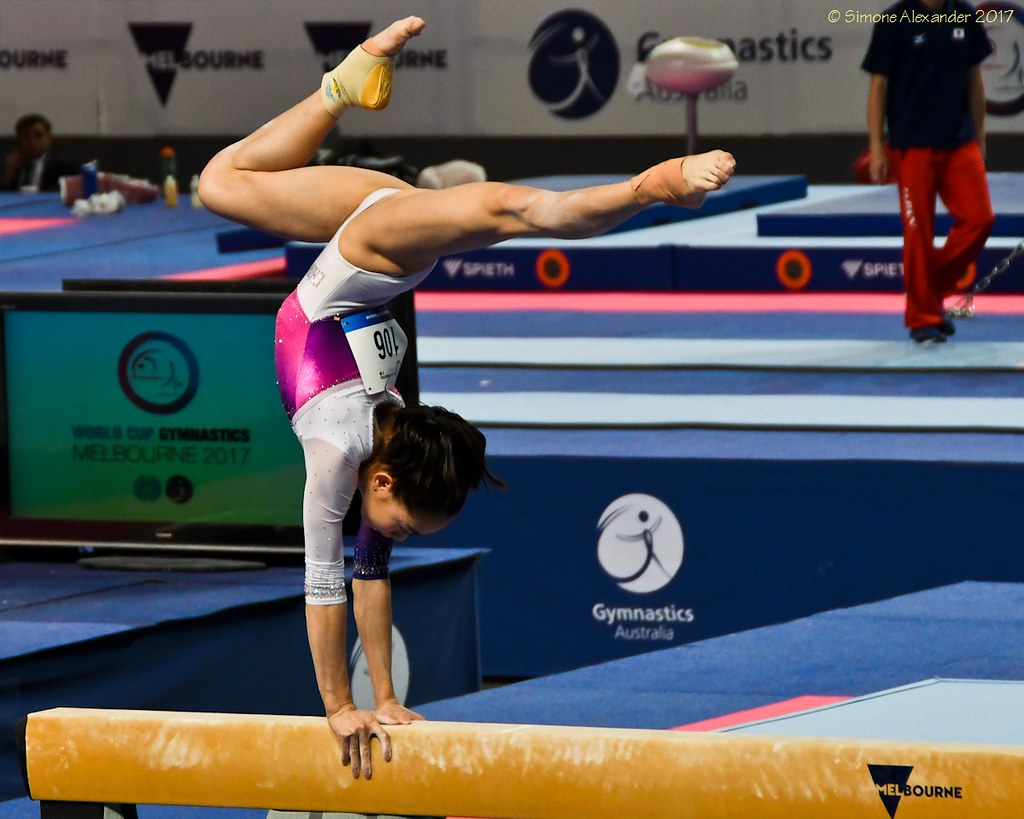 Balance Beam Australia The World S Best Photos Of Beam And Handstand Flickr Hive Mind