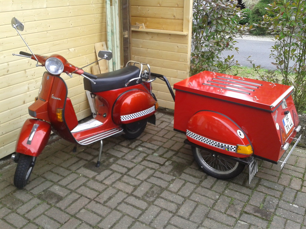 Vespa Roller Oldtimer The World S Best Photos Of Historical And Vespa Flickr Hive Mind