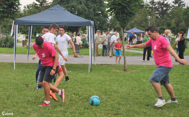 Vino să susții voluntarii la meciul de fotbal din cadrul #openparkfestival!