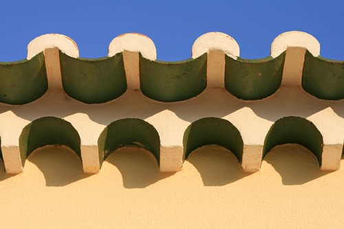 Be Your Own Contractor With These Tips About Your Home'S Roof