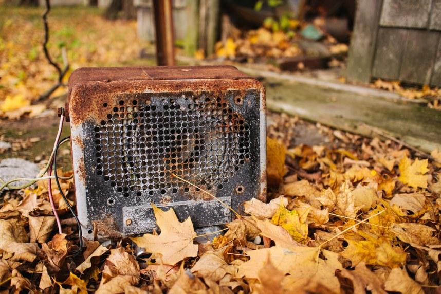 Abandoned Farm: Speaker