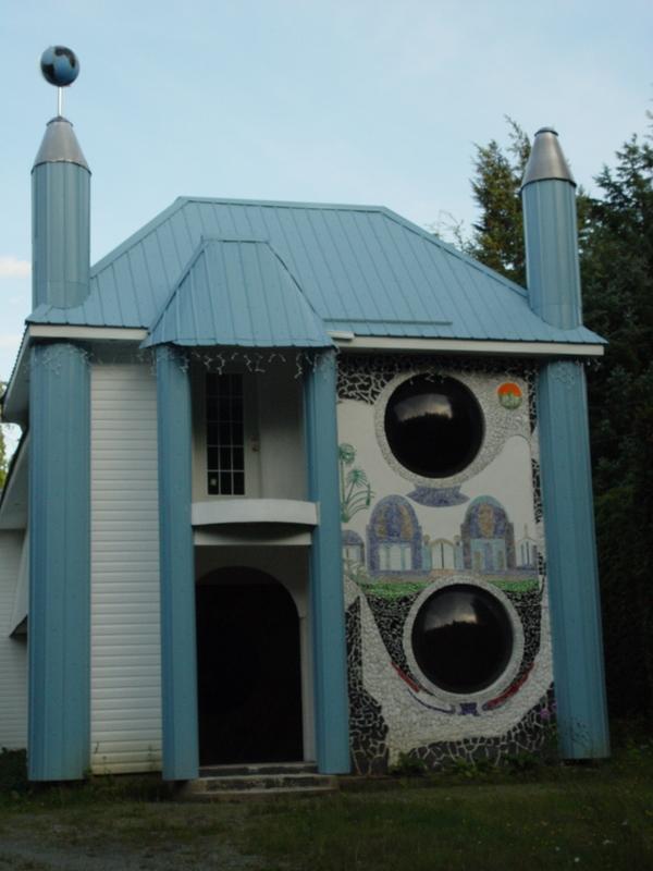 Wacky House Kitimat 051
