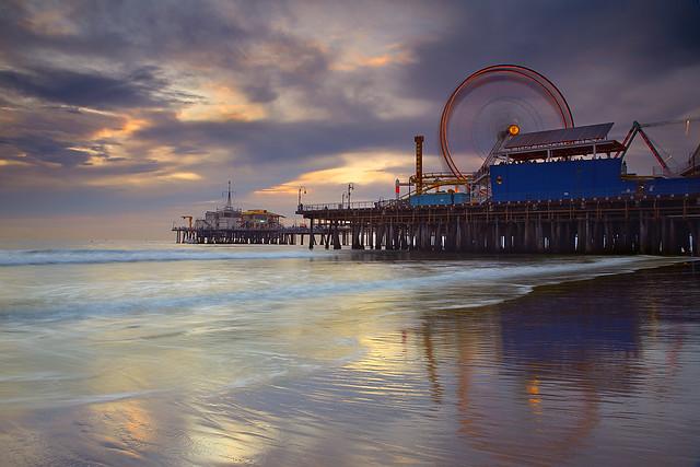 Santa Monica Spin #1 - Santa Monica Pier, California por Patrick Smith
