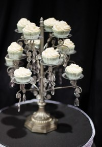 Amazing Chandelier Cupcake Stand! | Flickr - Photo Sharing!