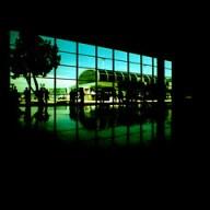 """""""Santos Dumond Cruzado"""" teria mostrado mais do interior do aeroporto se não fosse o xpro. Mas eu forcei a fotometria pra destacar o exterior..."""