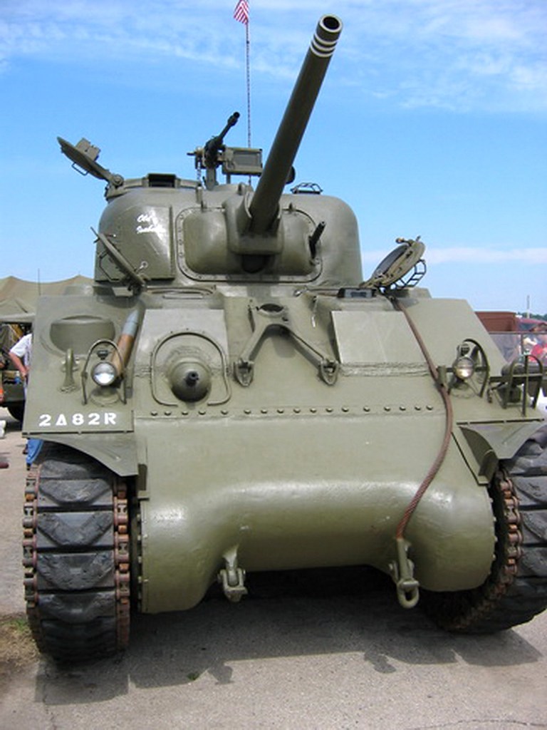 Ww2 Pin Up Girl Wallpaper M4 Sherman Se Promener Photographies Fr