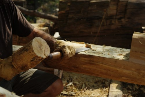 Chiseling - Timber Frame Joinery
