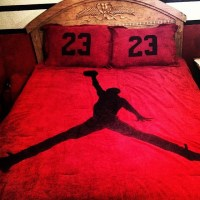 10 Experimental And Mind-Bending Nike Bed Comforters ...