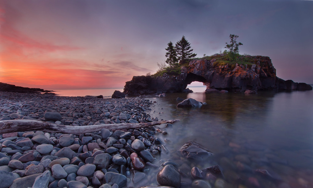 Awesome 3d Art Wallpaper Hollow Rocks Dawn Www Gettyimages Com Detail Photo