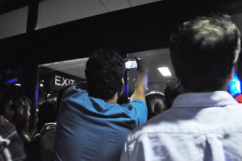 IIFA Green Carpet at Tampa International Airport - Fans Try to Snap a Photo of Priyanka Chopra, April 24, 2014