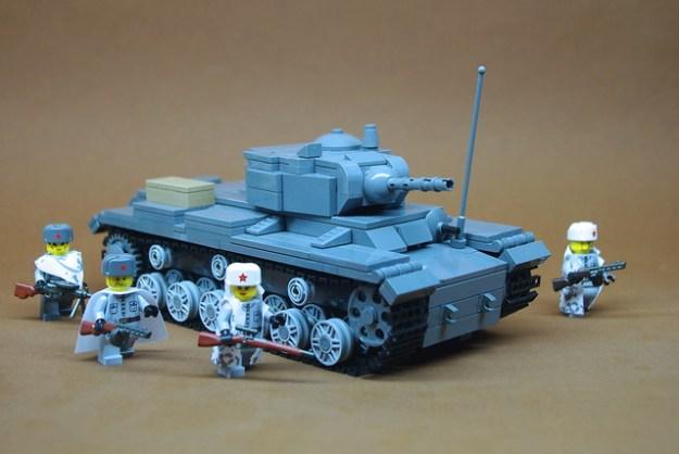 Soviet KV-1s Heavy Tank (1)