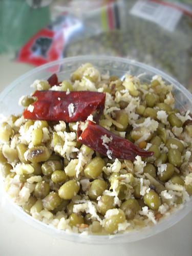 Payar Sundal-Green Gram Sundal (Thoran) for Navratri