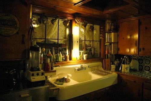 The Kitchen Sink, Mill Rose Inn's cozy kitchen, Half Moon Bay, California, USA