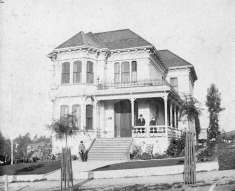 Zahn Residence