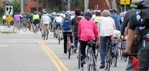 Mission Street lane taking