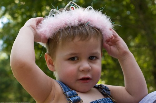KD's 5th B-day: not liking the tiara