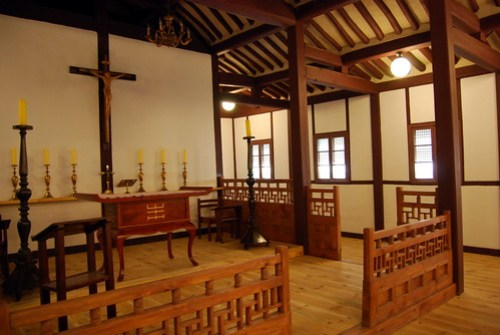 Sanctuary, Jincheon Eumnaeri Anglican Church