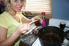 Canning chutney