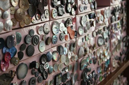 button emporium display