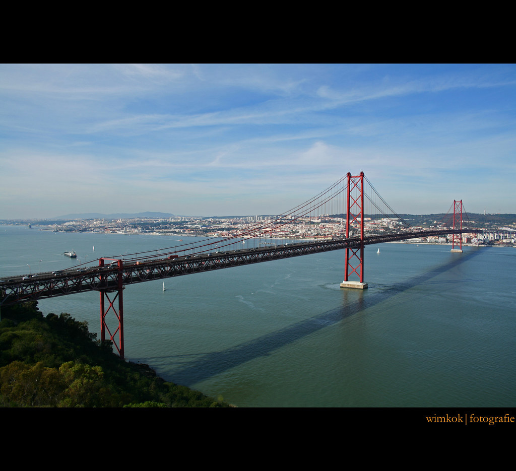 Zwembad Lissabon The World S Best Photos Of Brug And Taag Flickr Hive Mind